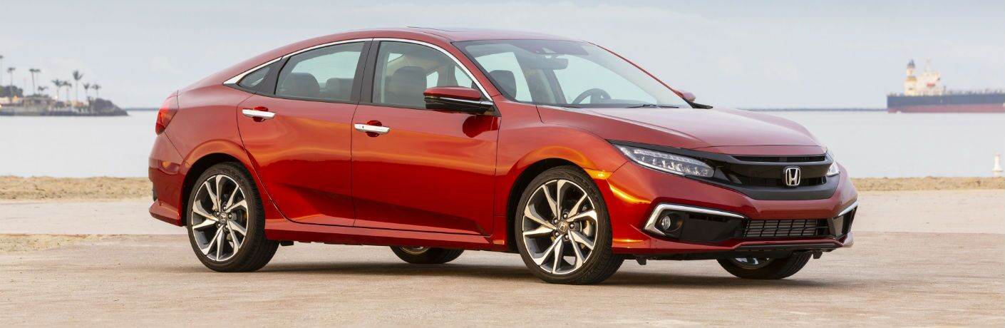 A right profile photo of the 2020 Honda Civic Sedan.