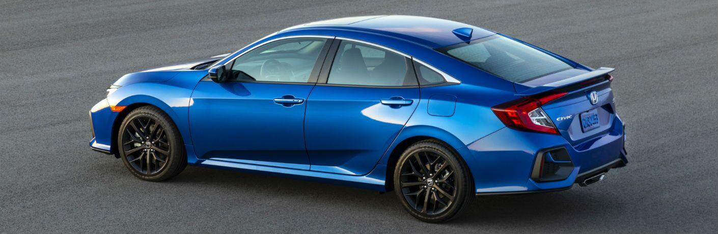 A left profile photo of the 2020 Honda Civic Si.
