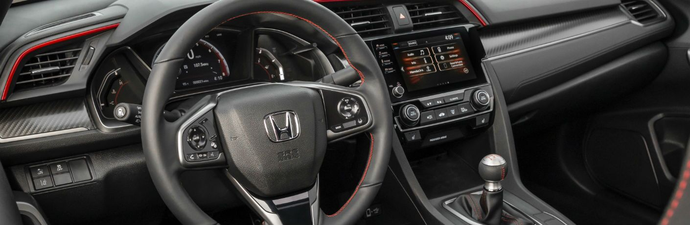 A photo of the dashboard in the 2020 Honda Civic Si.