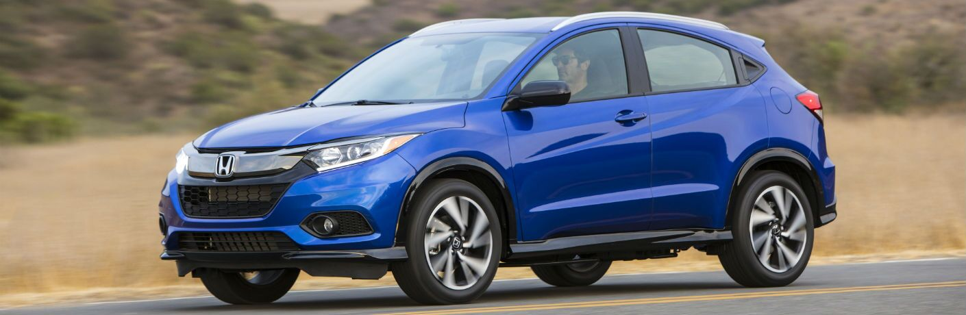 A right profile photo of the 2020 Honda HR-V.