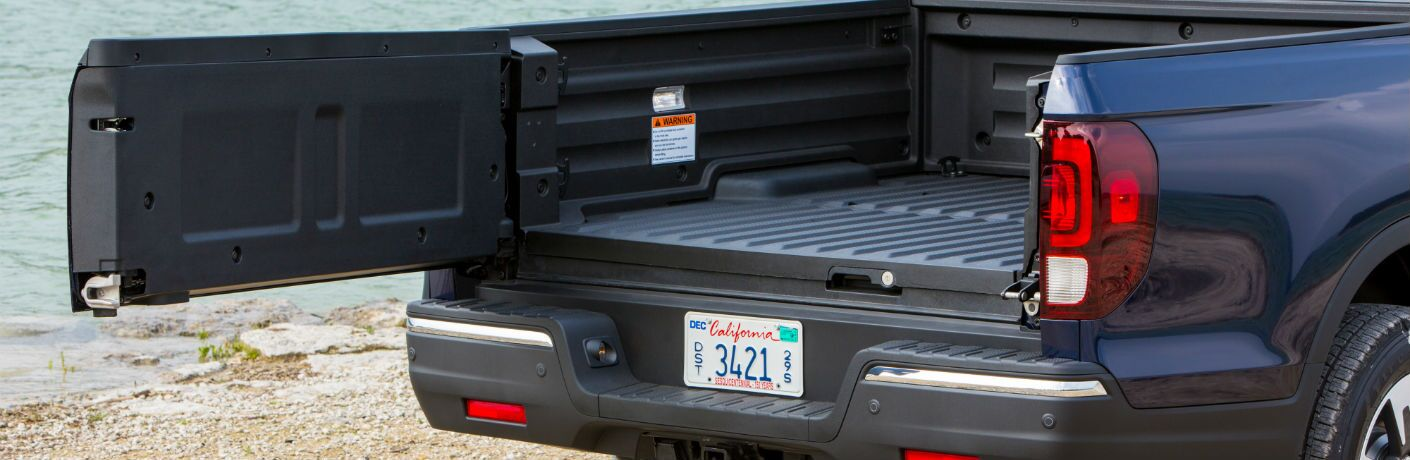 A photo of the side-opening tailgate used by the 2020 Honda Ridgeline.