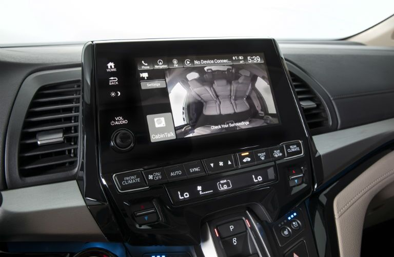 A photo of the touchscreen interface in the 2020 Odyssey.