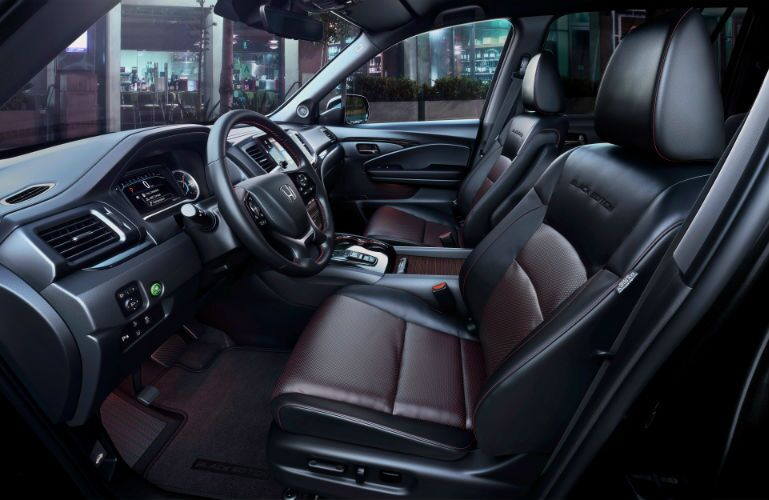 A photo of the front seats in the 2020 Honda Pilot.