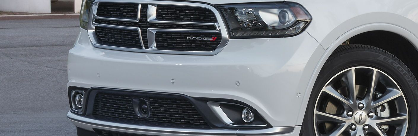A photo of the grille on the 2019 Dodge Durango.