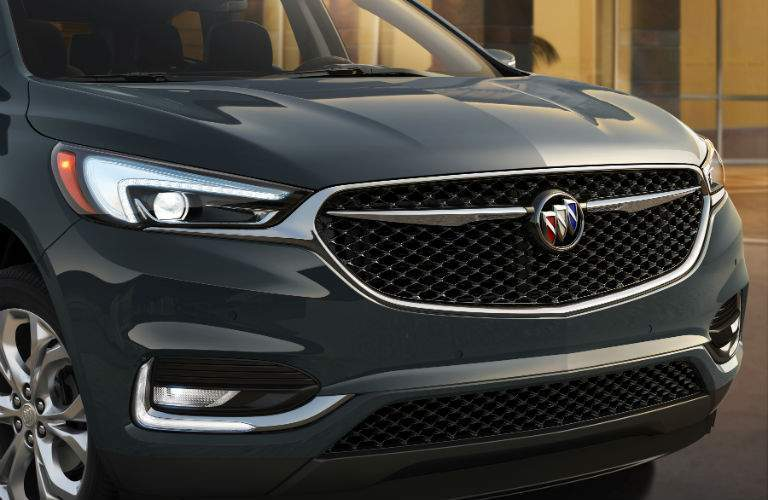 A new exclusive mesh grille will appear on the 2018 Buick Enclave Avenir
