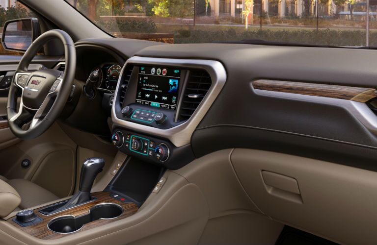 An interior photo of the dashboard in the 2018 GMC Acadia.