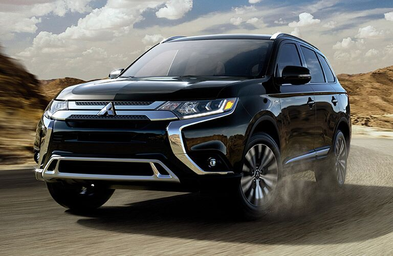front and side view of black 2019 mitsubishi outlander