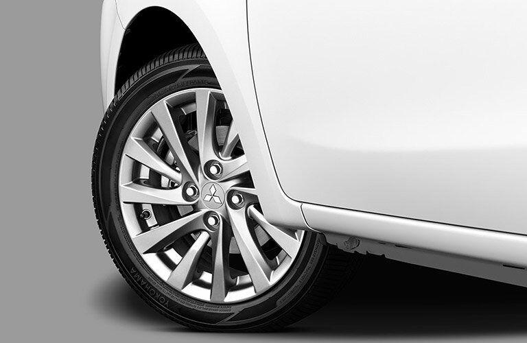 2017 Mitsubishi Mirage G4 wheel