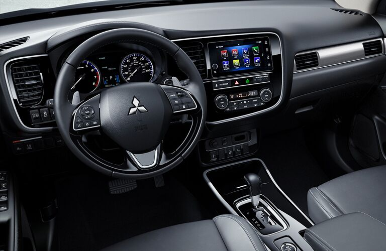 2019 outlander steering wheel and infotainment screen