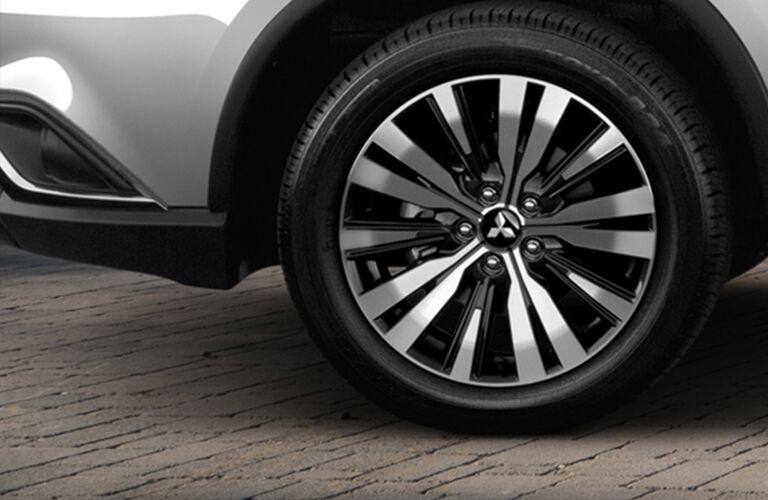 Driver side wheel of 2019 Mitsubishi Outlander