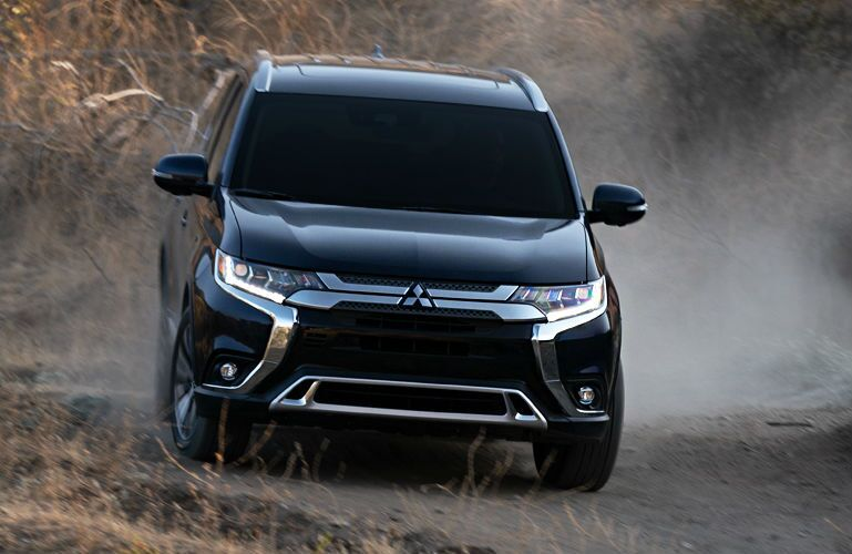 2019 Mitsubishi Outlander driving off-road