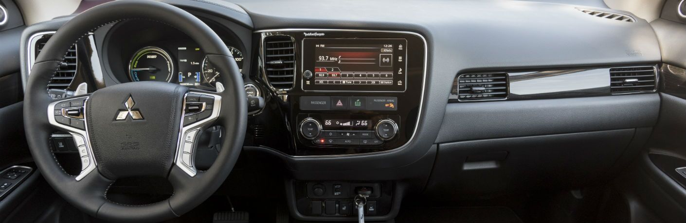 2018 Mitsubishi Outlander PHEV dashboard, center console and steering wheel