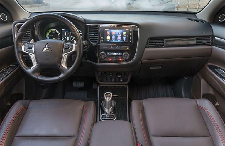 2018 Mitsubishi Outlander PHEV front interior