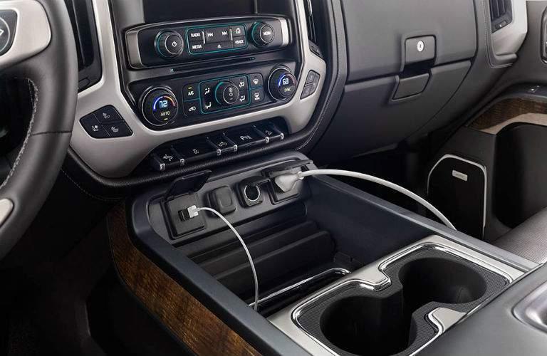Center console inside the 2018 GMC Sierra