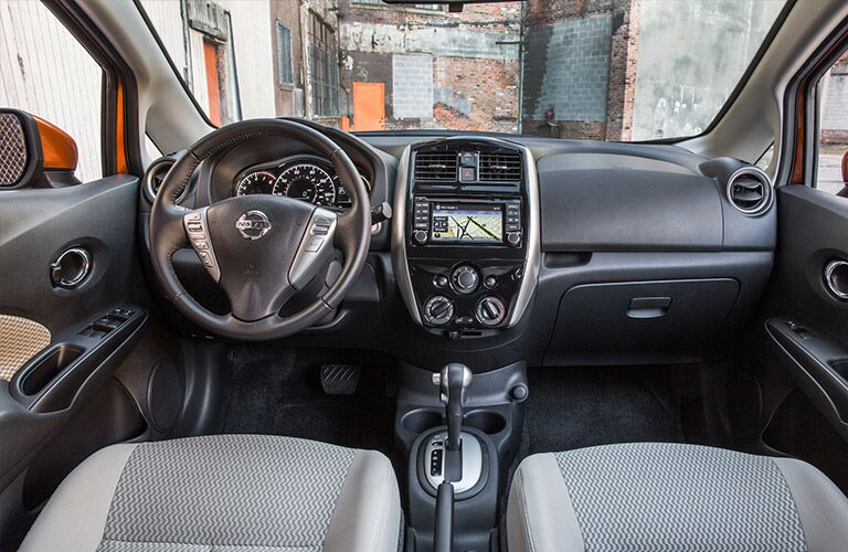 Nissan Versa Note dashboard and shifter