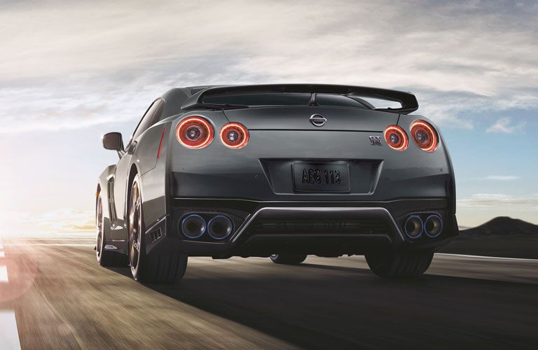 2020 nissan gt-r taillights
