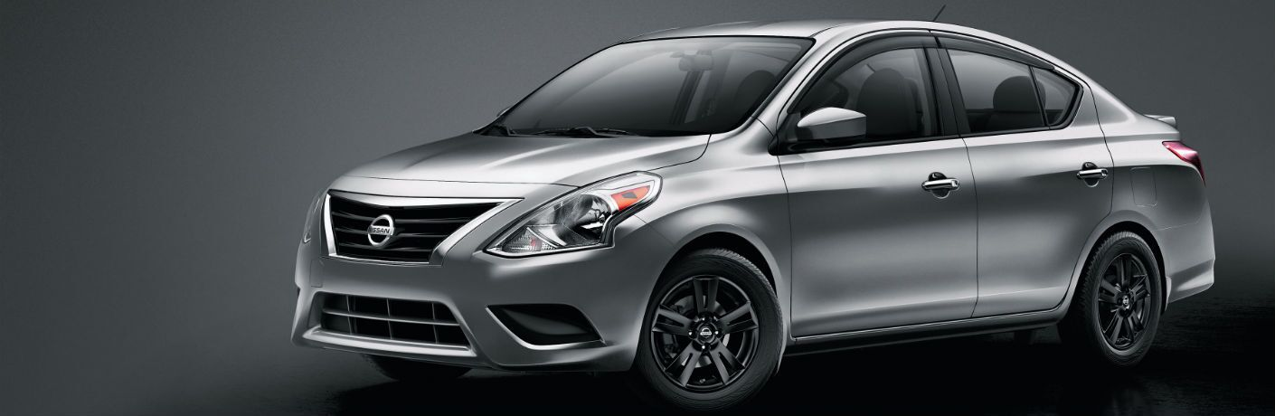 A left profile photo of the 2019 Nissan Versa.