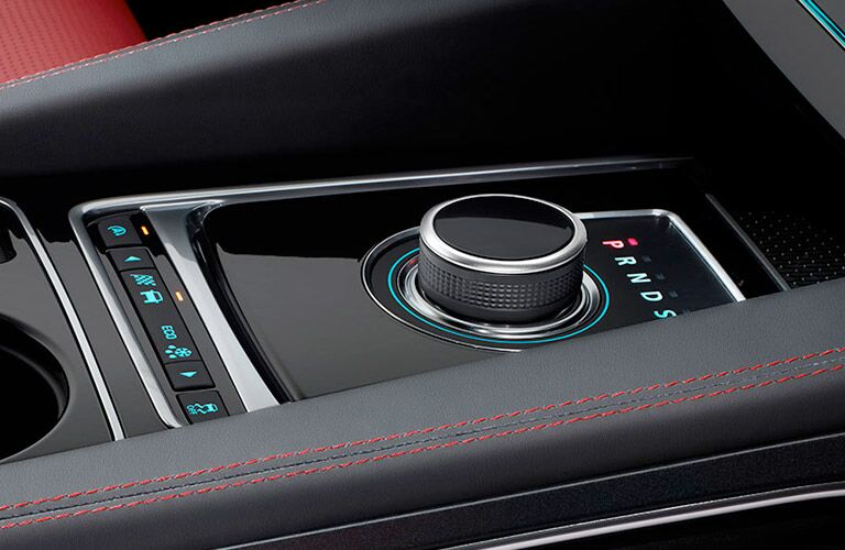 gear shift dial on the 2018 Jaguar F-PACE