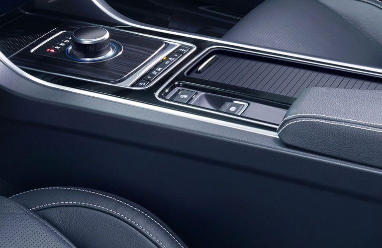 2018 Jaguar XF Interior Cabin Center Console