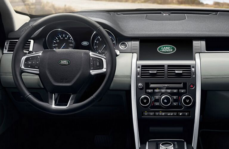 2018 land rover discovery sport infotainment system and dashboard