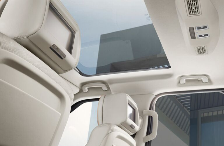 2018 land rover discovery sun roof