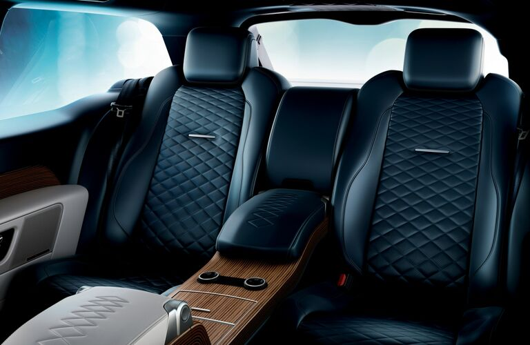 2019 land rover range rover rear seat detail