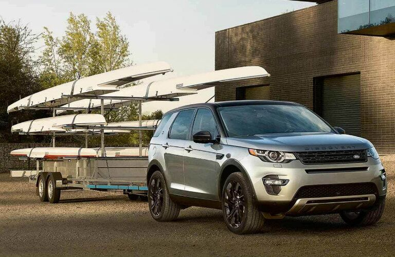 2018 Land Rover Discovery Sport towing canoes