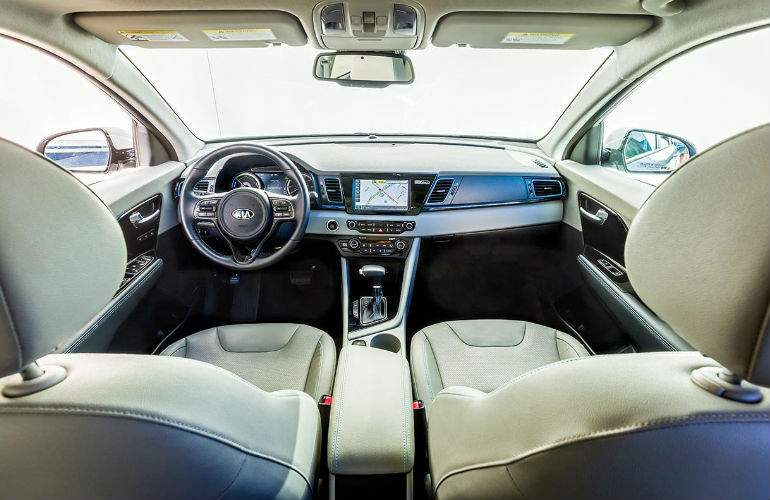 2018 Kia Niro Plug-in Hybrid front interior view