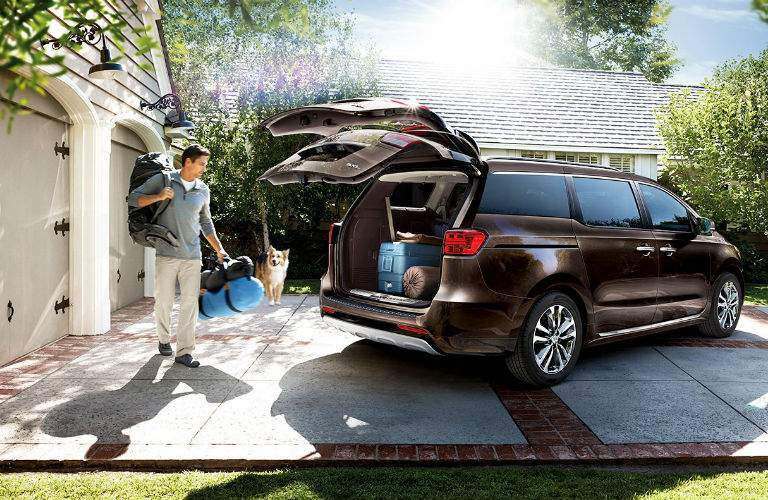 2018 Kia Sedona available power liftgate