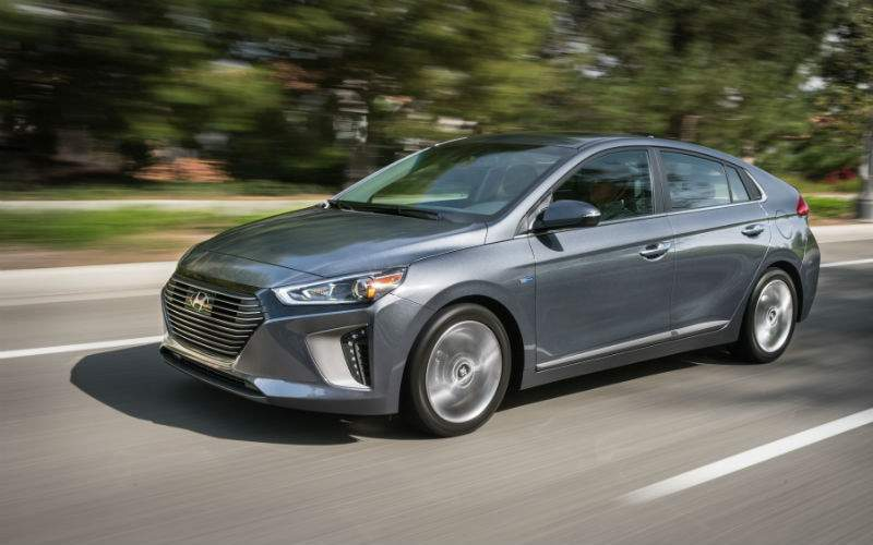 2017 Hyundai Ioniq Exterior Front Profile
