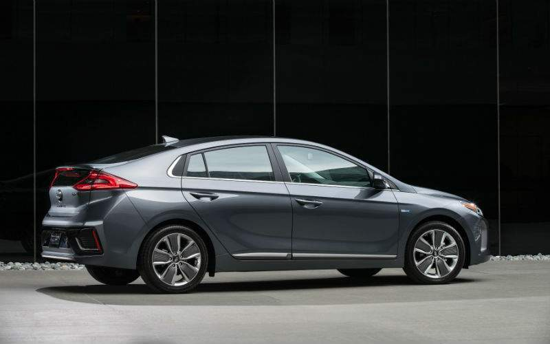 2017 Hyundai Ioniq Exterior Rear Profile