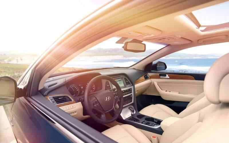 2017 Hyundai Sonata Hybrid Exterior Front Seat