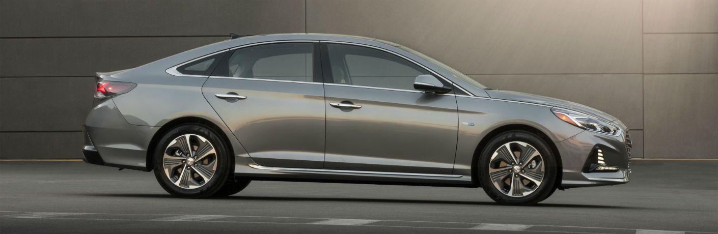 2019 Hyundai Sonata Hybrid Exterior Passenger Side Profile