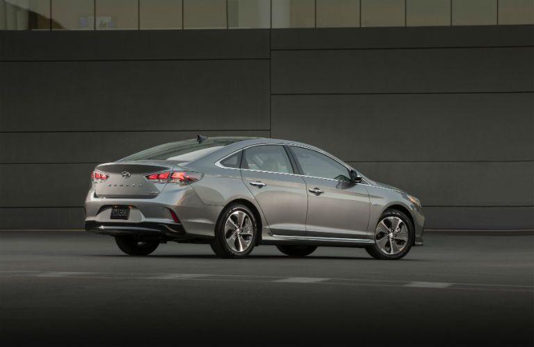 2019 Hyundai Sonata Hybrid Exterior Passenger Side Rear Profile
