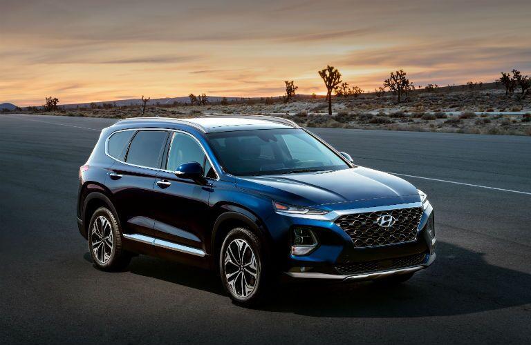 2020 Hyundai Santa Fe Exterior Passenger Side Front Angle
