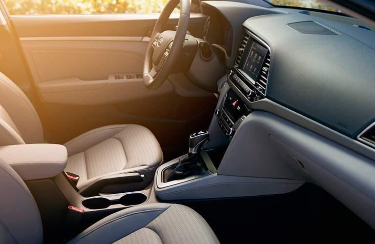 2017 Hyundai Elantra seats