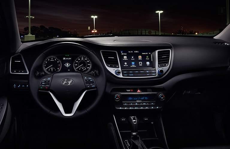 2017 Hyundai Tucson driver dash and infotainment system