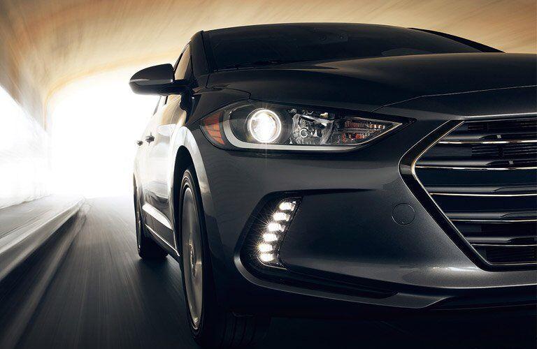 2017 Hyundai Elantra headlight design