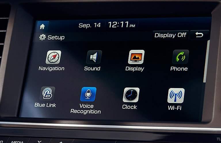 2017 Hyundai Elantra infotainment apps