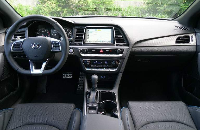 driver dash and infotainment system of a 2018 Hyundai Sonata Plug-In Hybrid