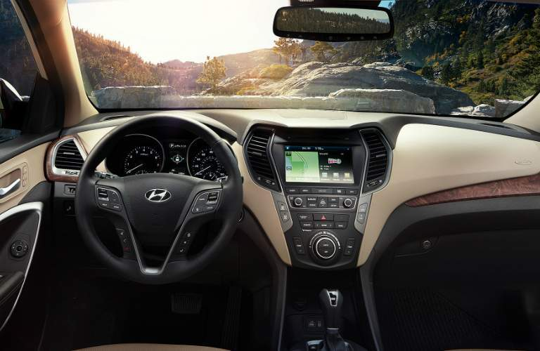 dashboard layout in the 2018 hyundai santa fe sport