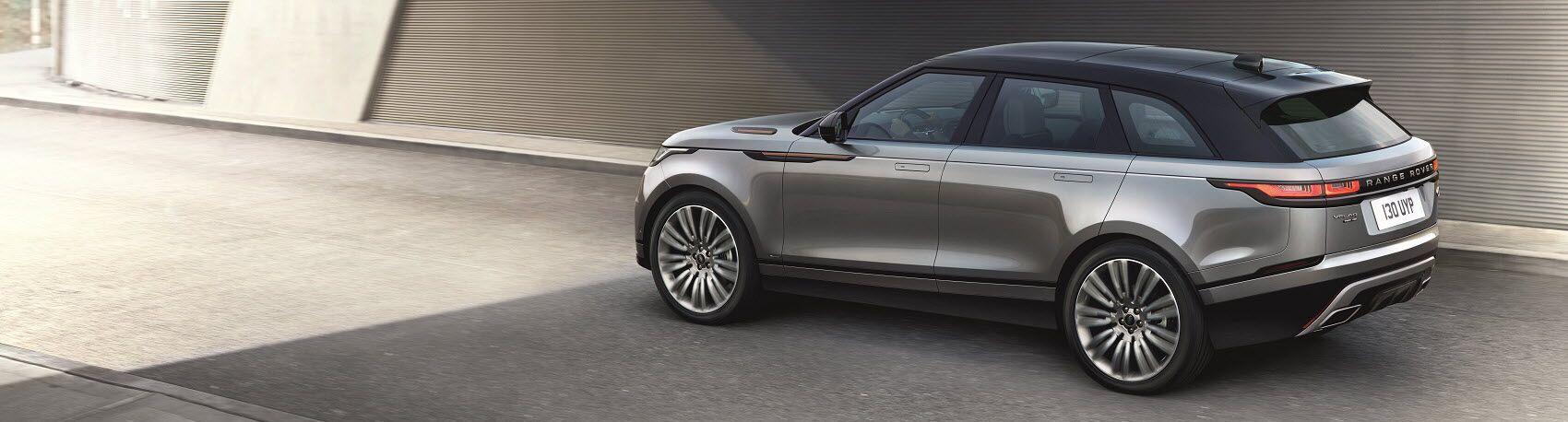 Range Rover Velar vs Discovery