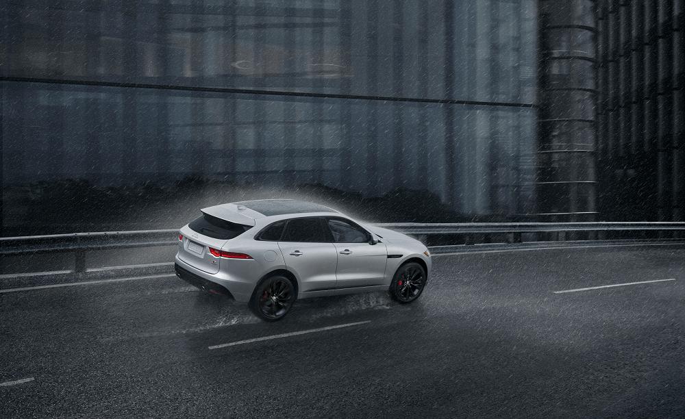 Jaguar F-PACE Performance Specs
