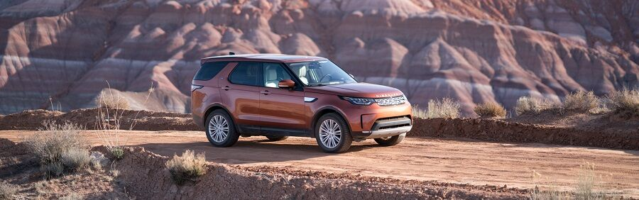 2018 Land Rover Discovery in Namib Orange