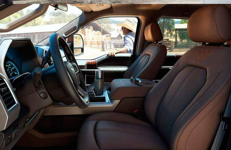 Front interior of 2017 Ford F-350