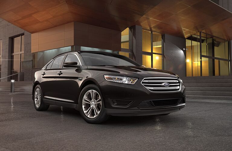 Grille view of 2018 Ford Taurus