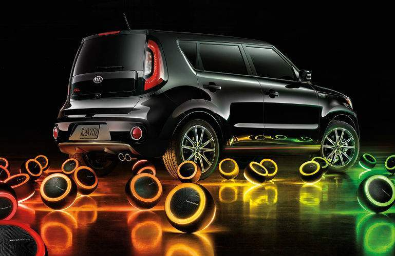 2018 Kia Soul with several glowing speaker mood lights in a ring outside