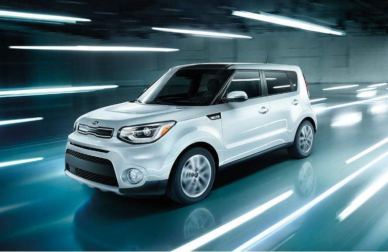 2018 Kia Soul trim options Base vs. Plus vs. Exclaim Racine WI