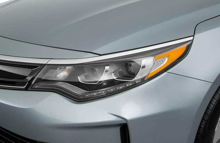 close up of the 2018 Kia Optima Hybrid  head light