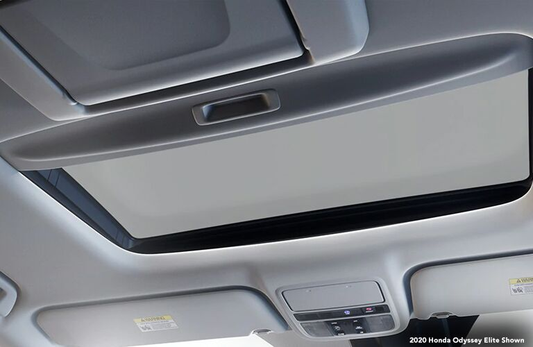 2020 Honda Odyssey Elite interior view of sunroof and roof